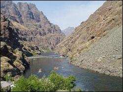 snake-river-at-hells-gate-state-park