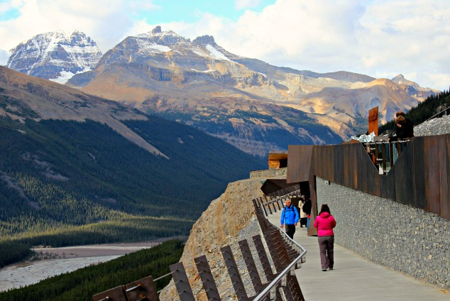 Glacial Skywalk