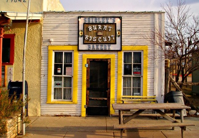 Shirley Burnt Biscuit Bakery, Marathon, Rexas © Rex Vogel, all rights reserved