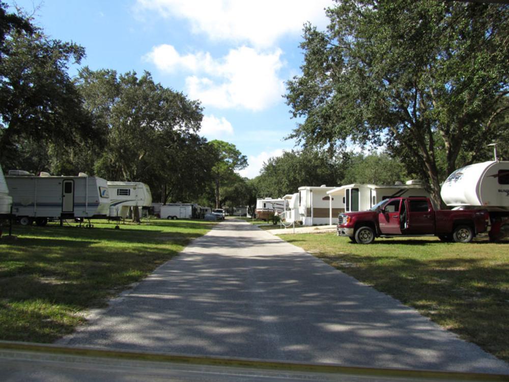 Tampa florida rv parks tampa campgrounds rv camping in autos post for Camping world winter garden fl