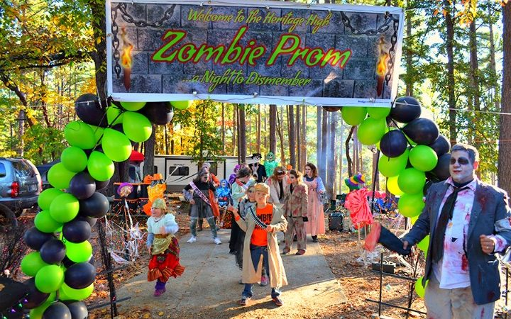 Site decorating contest at Lake Rudolph Campground and RV Resort in Santa Claus, Indiana