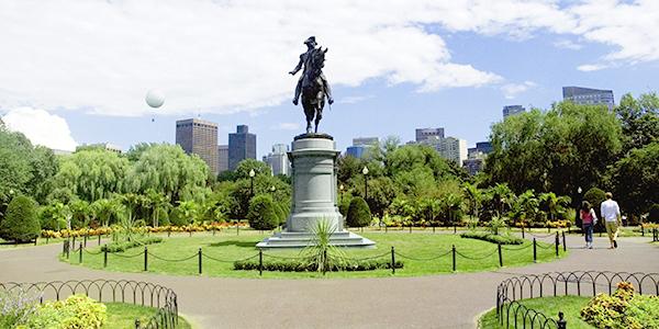 Noble statue of Paul Revere