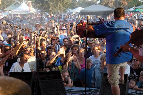 Wayne Toups Plays Festival Acadiens-et-Creole PhilipGould, Lafayette Louisiana
