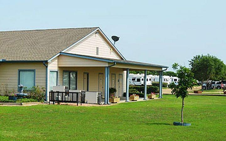 Bluebonnet Ridge A Home For Tiny Homes RV Park