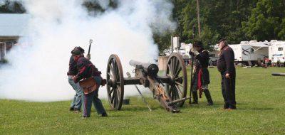GETTYSBURG CAMPGROUND - civil war re-enactment