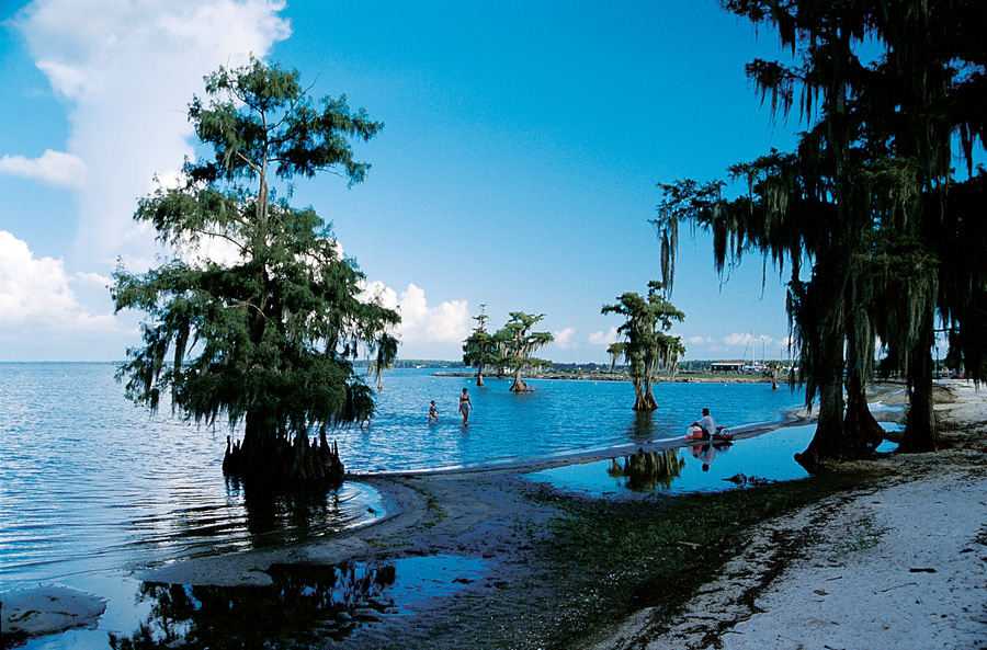 Cajun Coast, Lake End Park