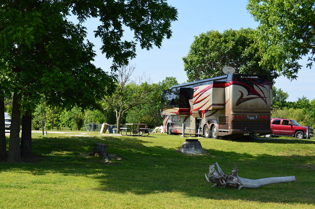 Cedar Oaks Rv Park Lakefront Camping On The Grand Lake O