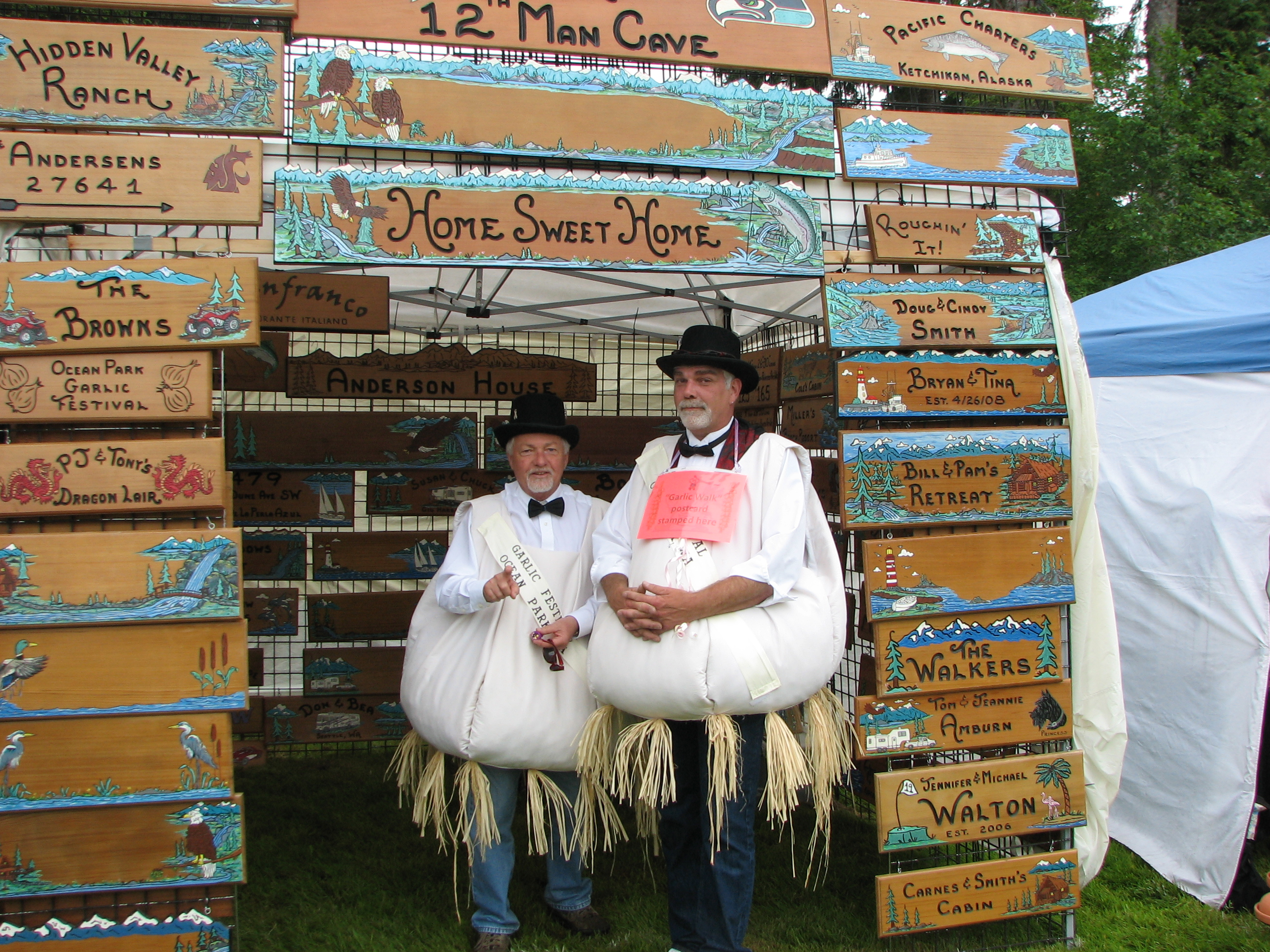Northwest Garlic Festival - men in garlic suits