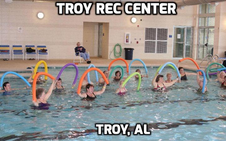Deer Run RV Park - Troy Rec Center pool