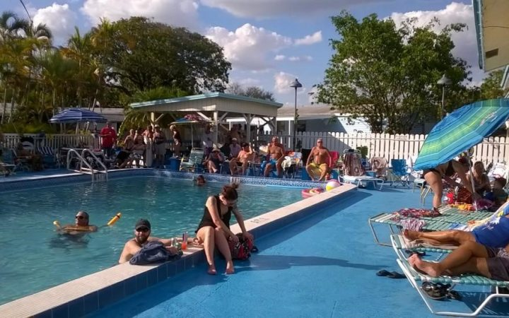 Paradise Island RV Resort - poolside