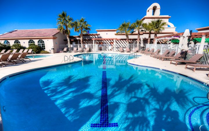 Vista Del Sol RV Resort - pool