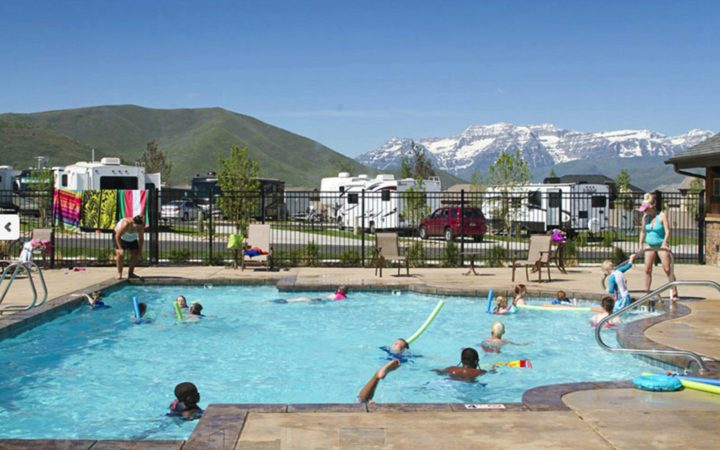 Mountain Valley RV Resort - pool
