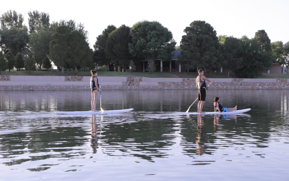 Bud's Place RV Park - paddle boarding