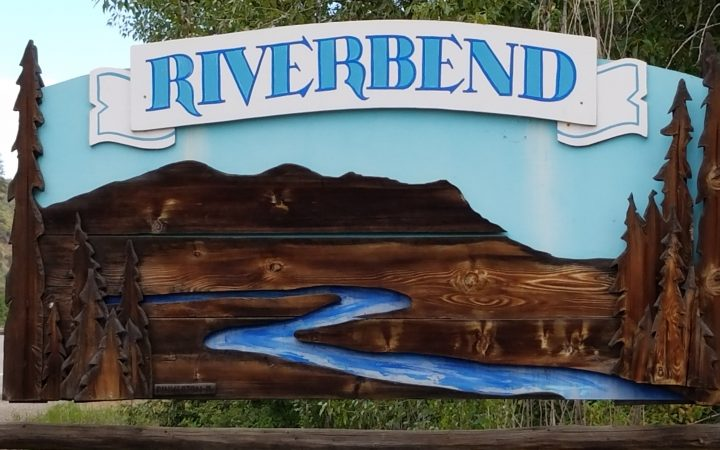 Riverbend RV Park - sign