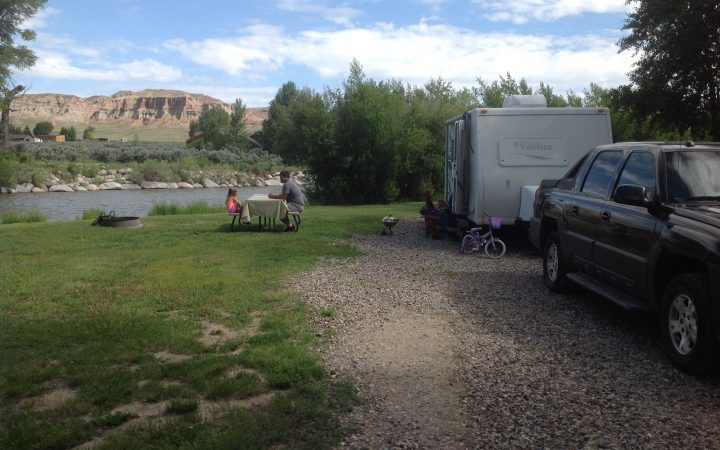 The Longhorn Ranch Lodge & RV Park - RV site by the river