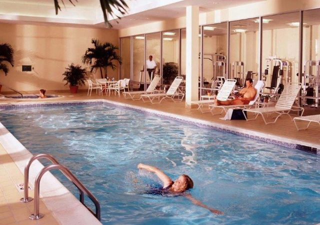 Rising Star Casino RV Park - indoor pool