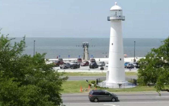 Cajun RV Park - Biloxi Beach and lighthouse