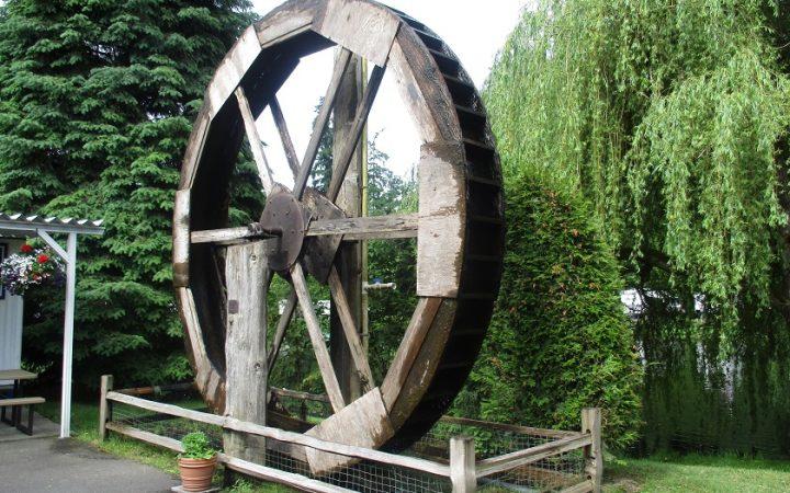 Lake Pleasant RV Park - water wheel at entrance
