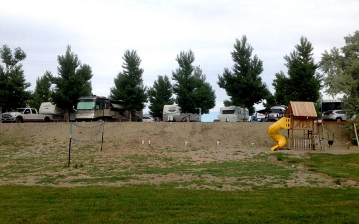 Twin Pines RV Park & Campground - RV sites