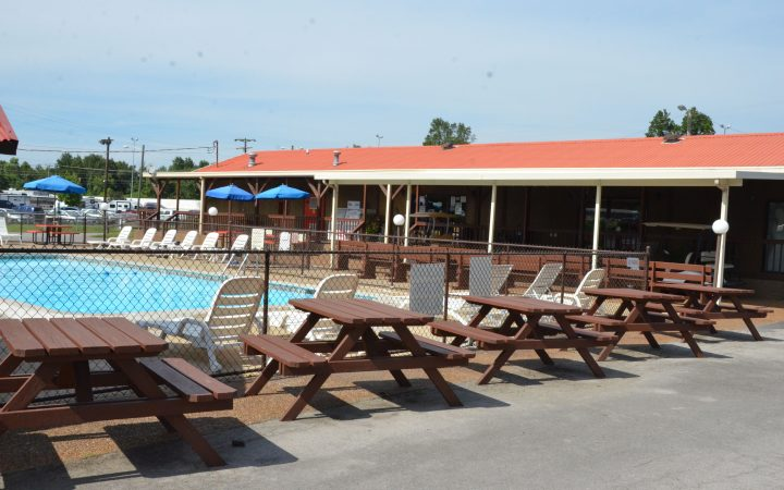 Two Rivers Campground - outdoor pool