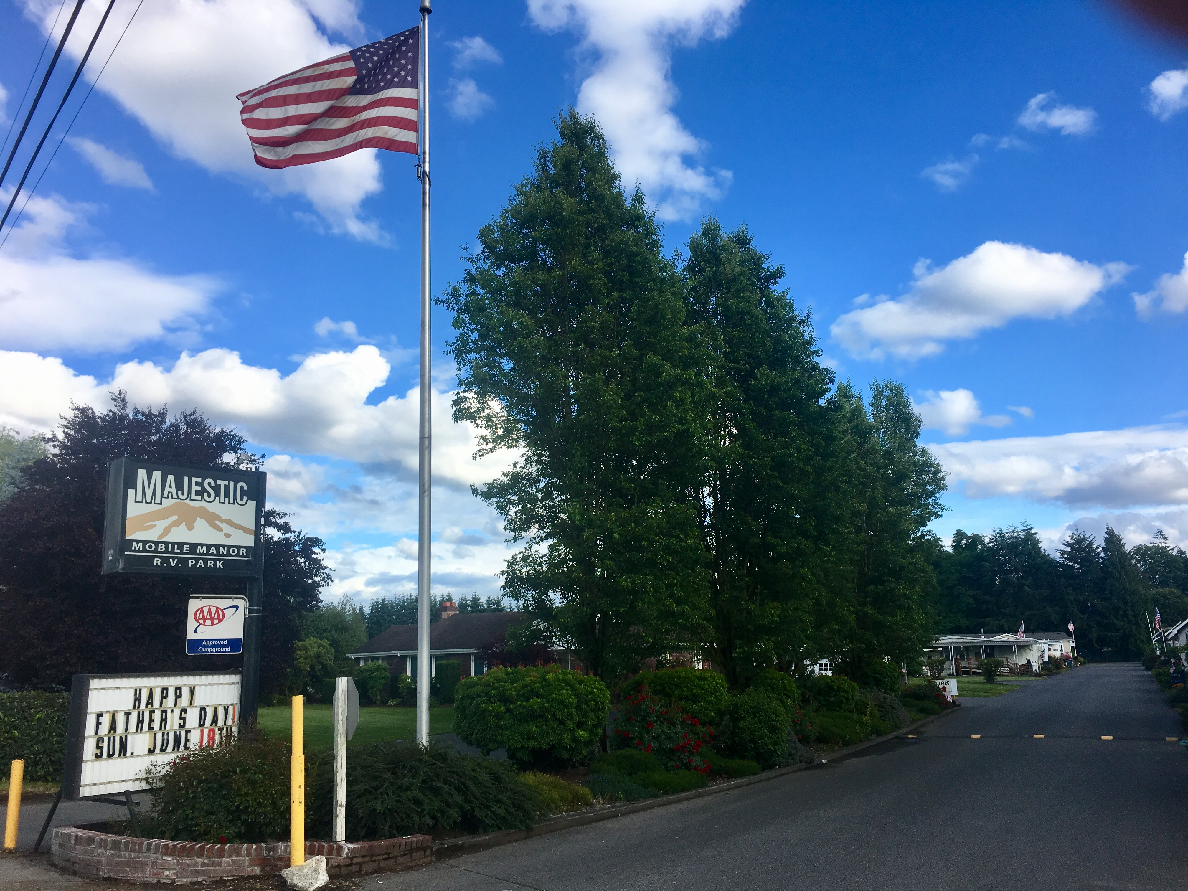 Majestic Mobile Manor And Rv Park Washington S Puget