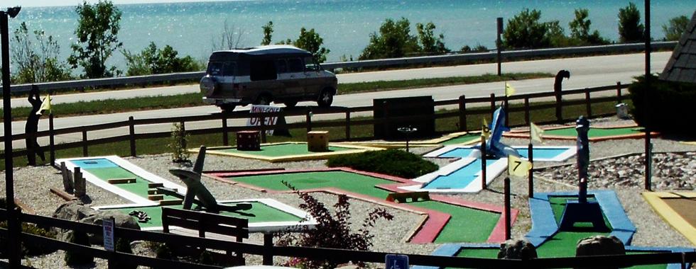 Village Inn on the Lake Hotel & RV Park - miniature golf