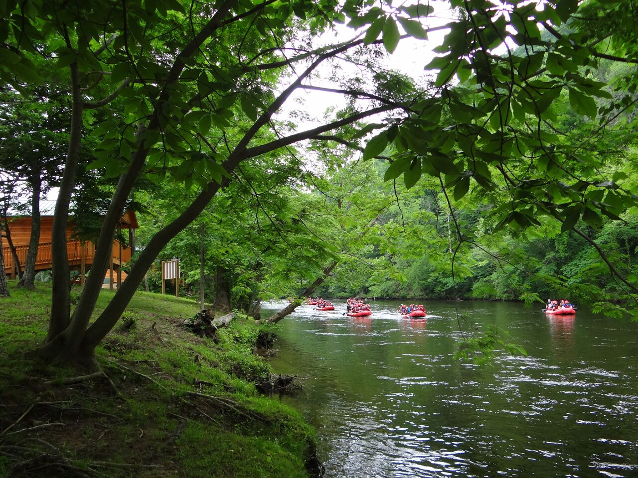 Pigeon River Campground - kayaking on Pigeon River