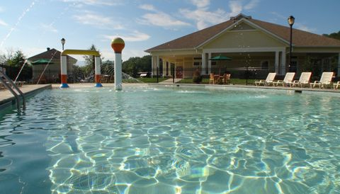 Pine Mountain RV Park - outdoor pool