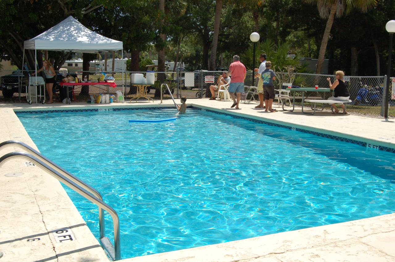 Vero Beach Kamp - outdoor pool