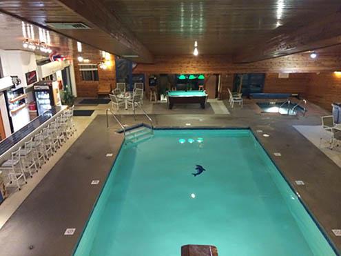 Village Inn on the Lake Hotel & RV Park- indoor pool