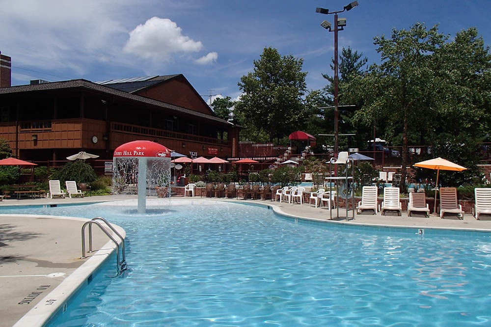 Cherry Hill Park - swimming pool
