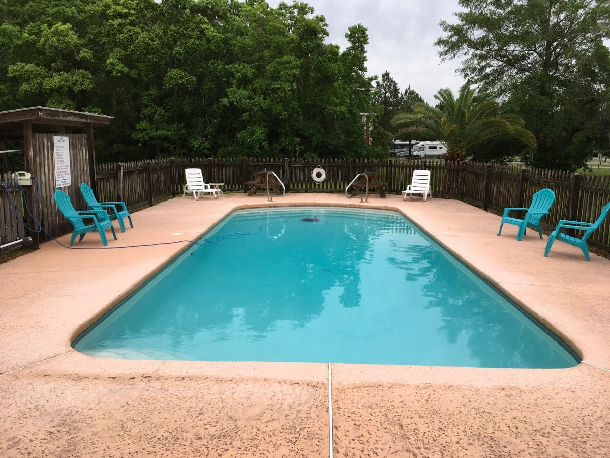 Bay Hide Away RV Park & Campground - swimming pool