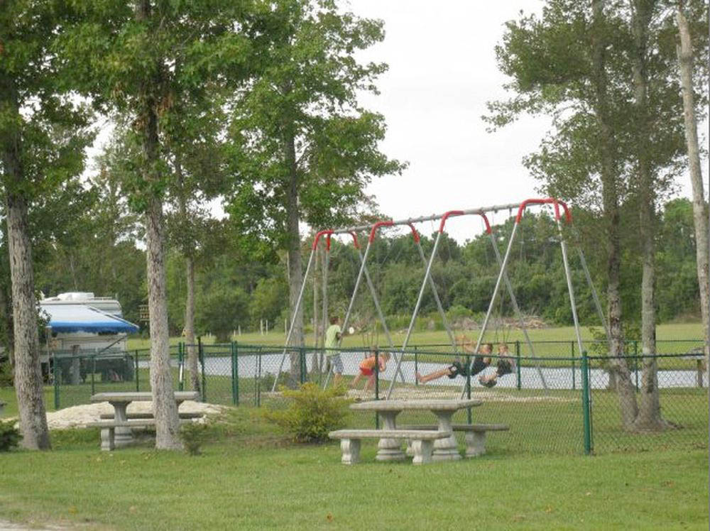 Brunswick Beaches Camping Resort - playground