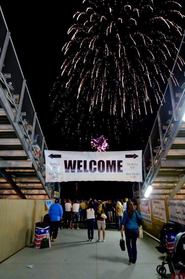 Antelope Valley Fairgrounds RV Park - Grandstand Arena