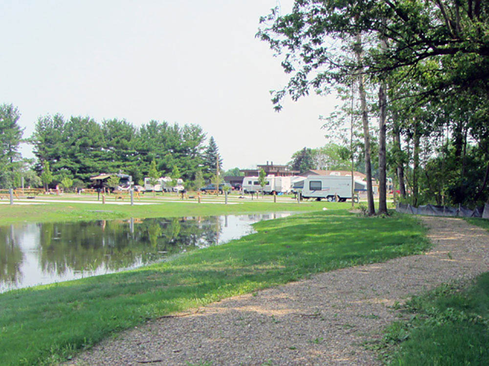 Soaring Eagle Hideaway RV Park - sites nest to lake