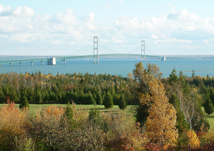 Castle Rock Lakefront Campground - Mackinac Bridge