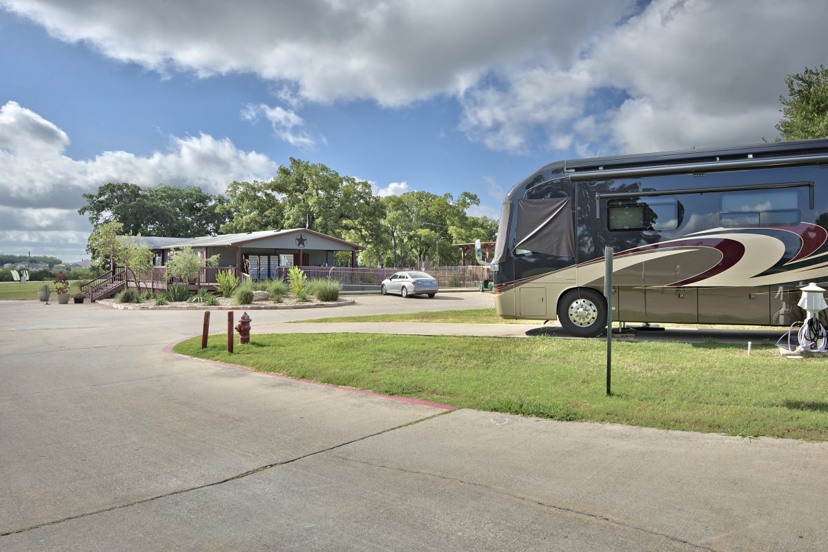 Oak Forest RV Resort - rv site