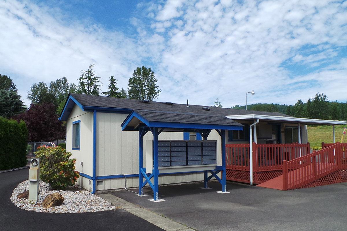 Brookhollow RV Park - office