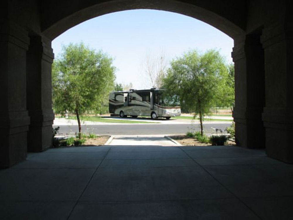 Bakersfield River Run RV Park - rv site