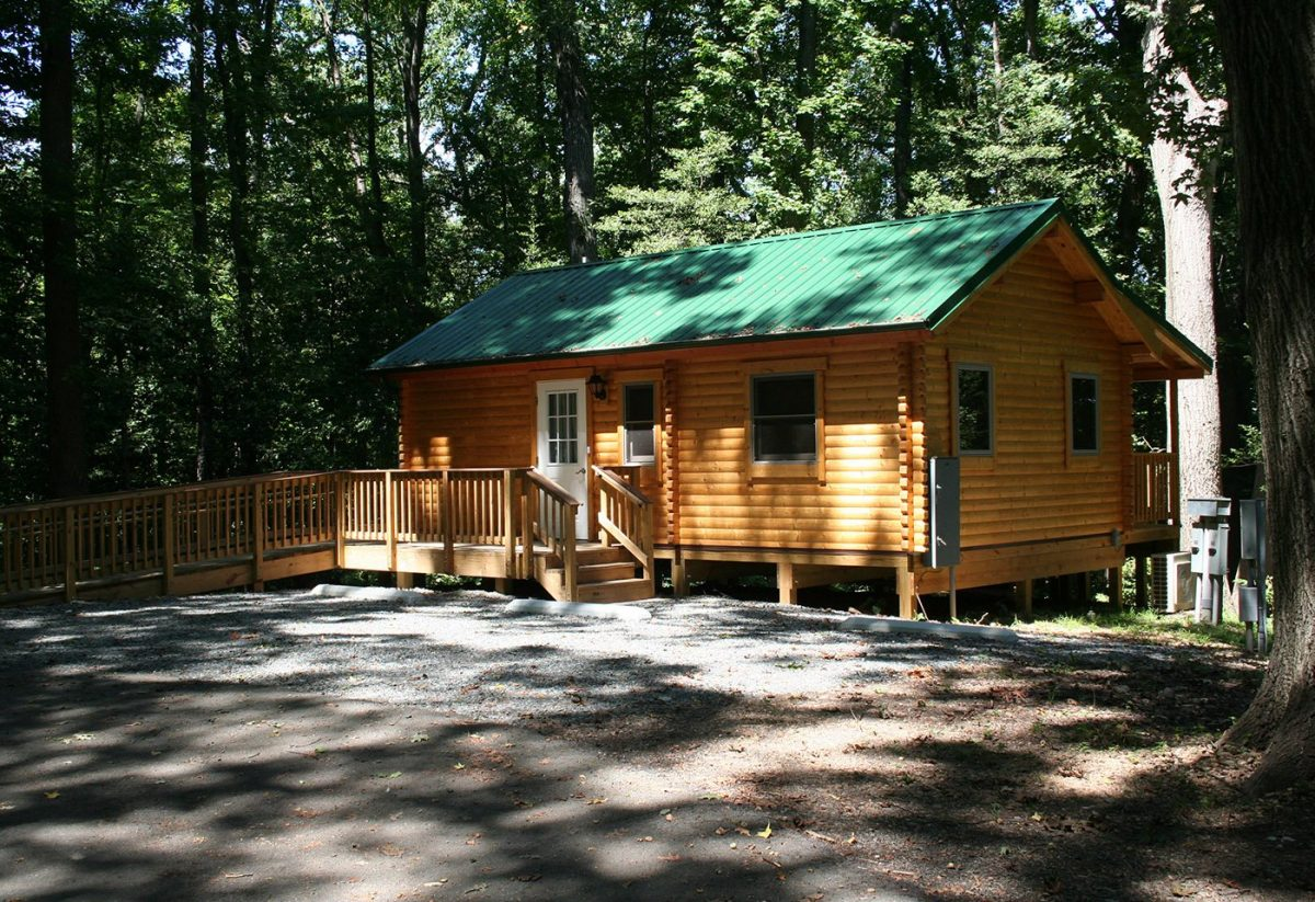 Pohick Bay Regional Park - cabin