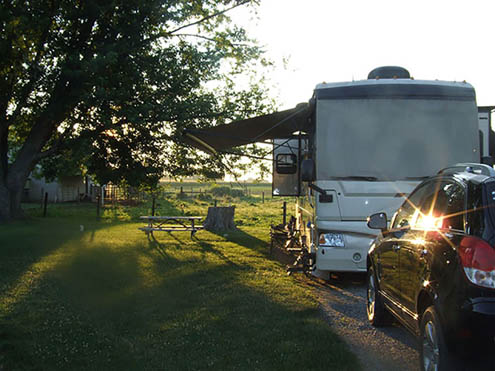 Flory's Cottages & Camping - rv site