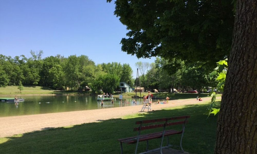 Enon Beach Campground - lake