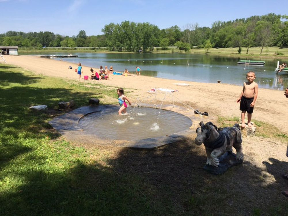 Enon Beach Campground - kids at the lake