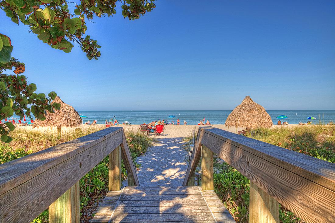 Sunland Naples Motorcoach - walkway to beach