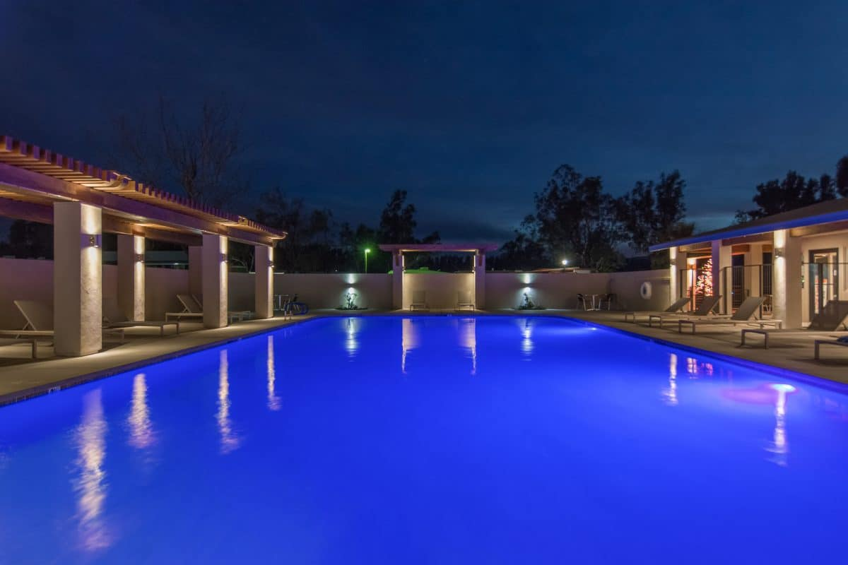 Catalina Spa and RV Resort - pool at night