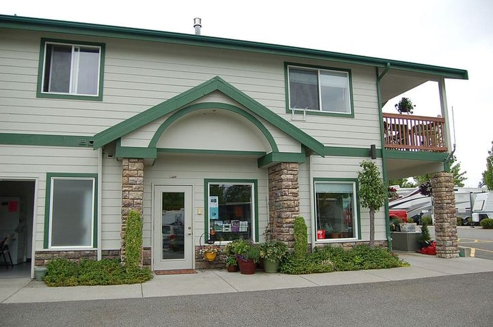 Maple Grove RV Resort - office