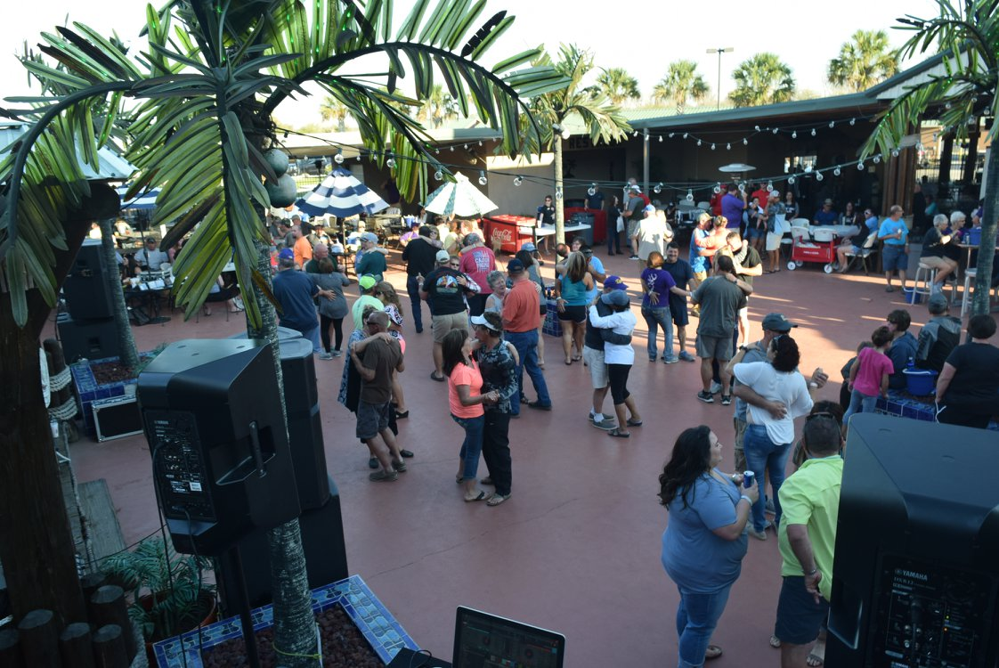 Cajun Palms RV Resort - guest dancing