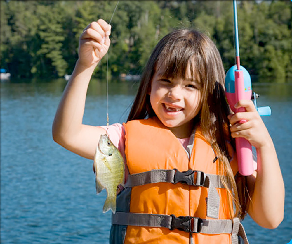 Allatoona Landing Marine Resort & Campground - girl fishing