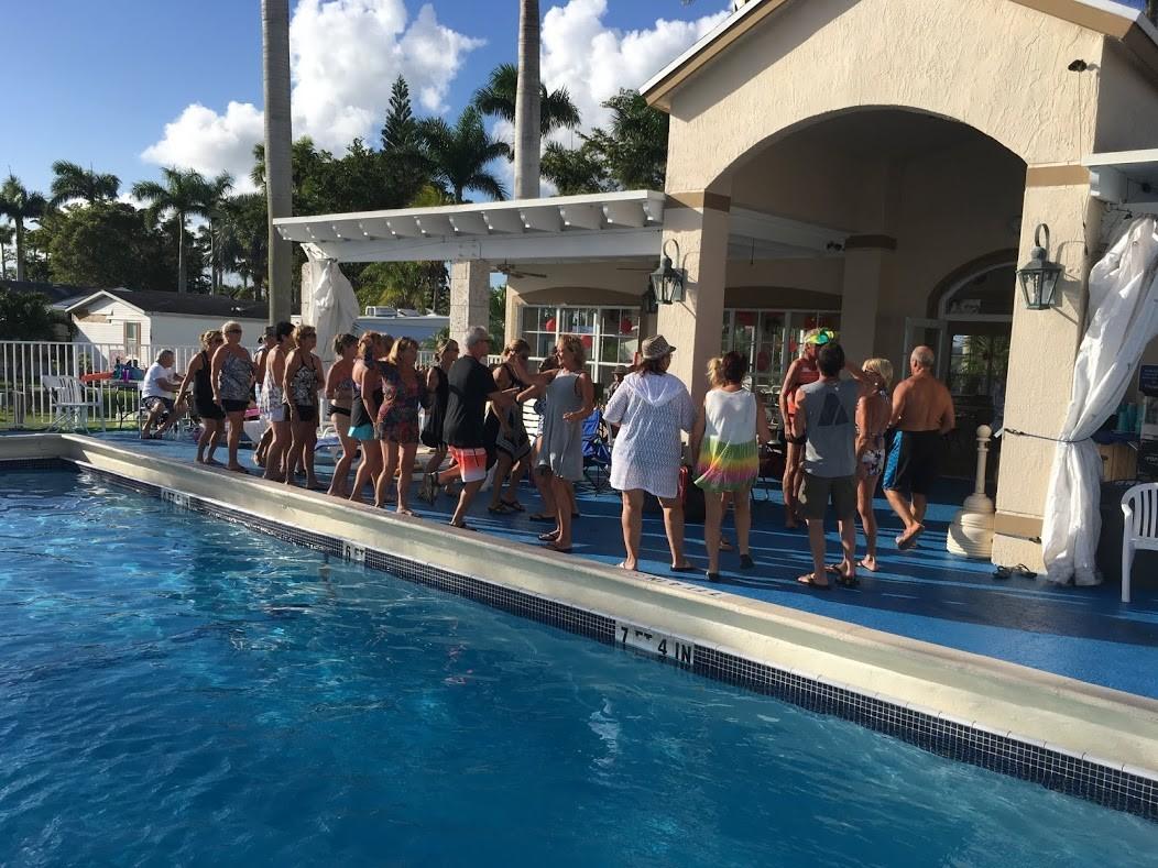 Boardwalk RV Resort - swimming pool
