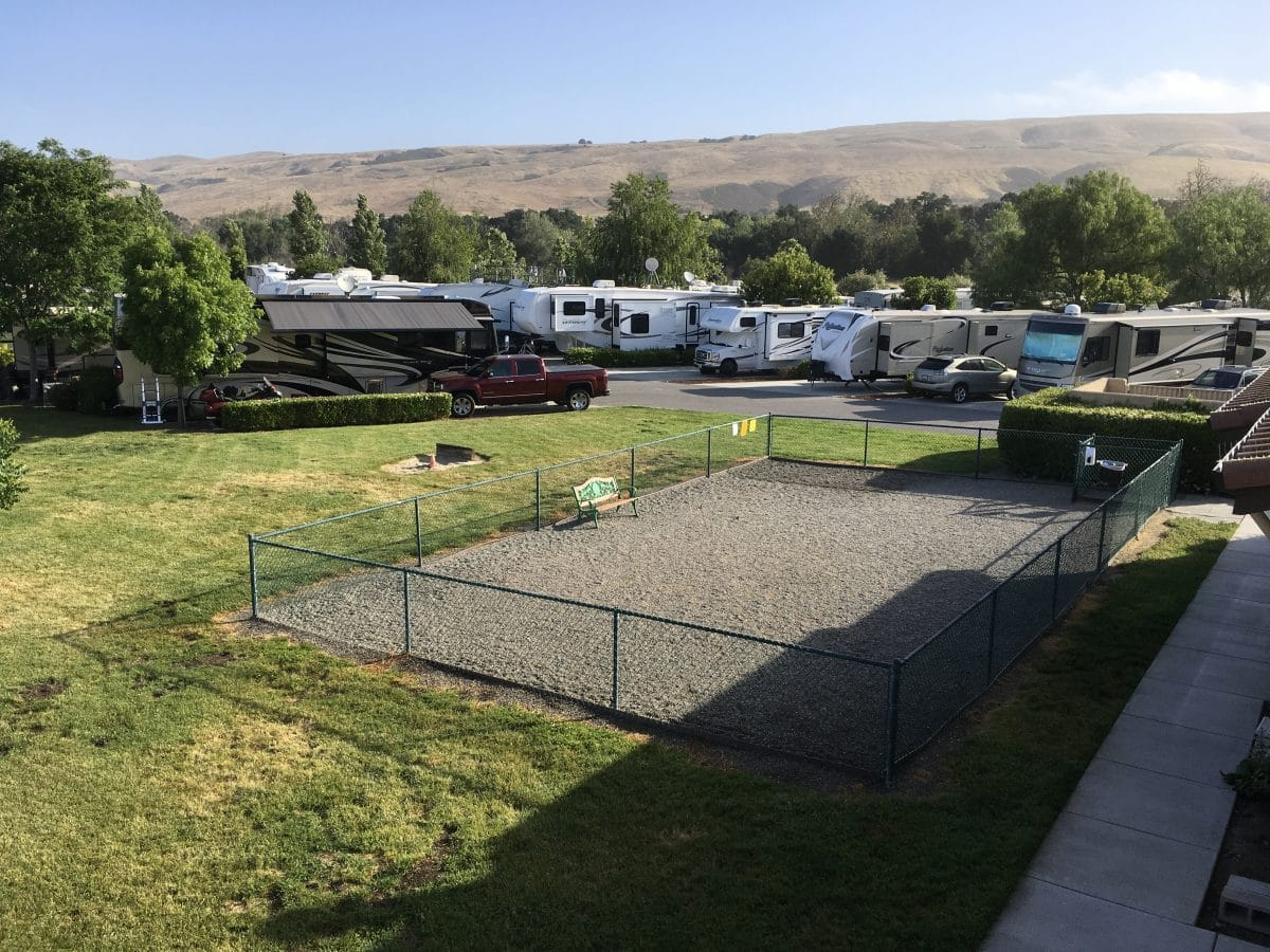 Coyote Valley RV Resort - dog park